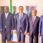 Franck Nguema en compagnie de la délégation de World athletics, le 27 février à Libreville. © Facebook