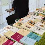 Le livre gabonais sera en promotion, du 24 au 28 février, à Moanda. Les amoureux des lettres, des arts et du livre de Moanda ont 4 jours pour profiter de la présence de ces auteurs gabonais. © Gabonreview