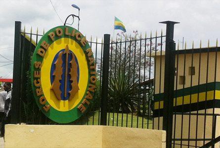 L'entrée, à Libreville, du Commandement en chef des Forces de police nationale. © Gabonreview