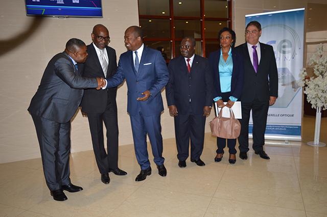 Les officiels pendant la cérémonie d'ouverture des travaux, le 24 octobre 2016 à Libreville. © Gabonreview