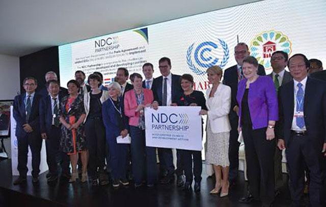 Les officiels au lancement de la coalition, le 15 novembre 2016 à Marrakech. © Gabonreview