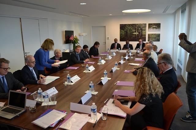 Conseil de surveillance de l'Iméa (Fondation Léon Mba), le 29 novembre 2017 à Paris. © Gabonreview.