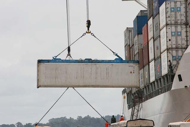 Deux nouvelles grues pour le Port d'Owendo