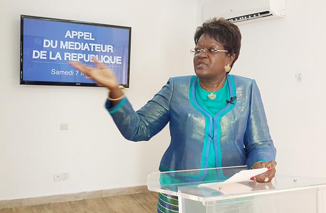 Laure Olga gondjout, lors de sa déclaration, le 7 mai 2016 à Libreville. © Gabonreview