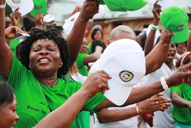 Des militants du PDG, le 5 octobre 2018, à Nzela (Ogooué-Ivindo). © Com. PDG