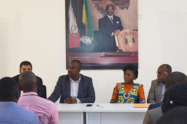 Le ministre de l'Egalité des Chances, Arnauld Engandji, briefant les candidats peu avant leur passage devant les membres du jury, le 29 août 2018. © Gabonreview