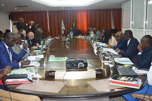 La commission mixte Gabon-France sur la sécurité sociale à l'ouverture des travaux, le 5 septembre 2018 à Libreville. © Gabonreview
