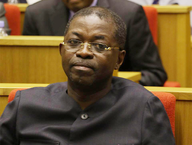 Inculpé pour «diffamation publique» à l'encontre d'Ali Bongo, Séraphin Moundounga doit se défendre au TC de Paris. © D.R.