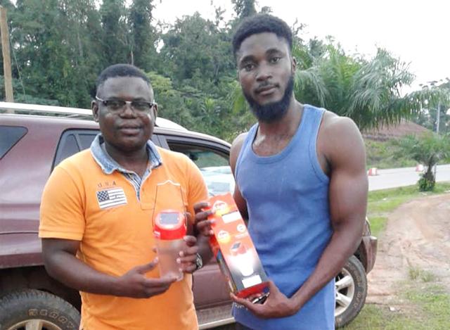 La start-up Solar Box Gabon va commercialiser les solutions d'éclairage à l'énergie solaire de Total Gabon. © D.R.