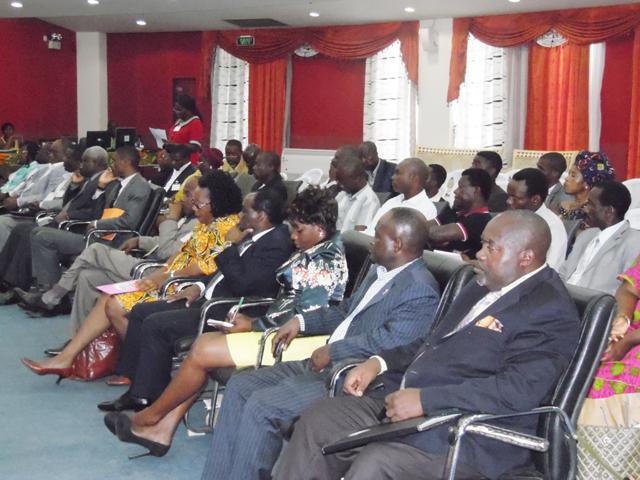 Les professionnels gabonais de la communication, lors du colloque. © Gabonreview