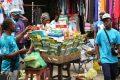 Au Gabon, les commerçants seront bientôt à nouveau identifiés par une carte professionnelle. © AFP/Steve Jordan