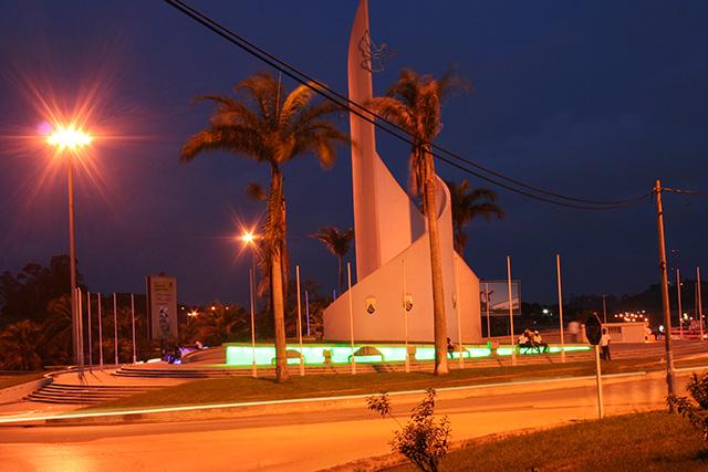 Le rond point de la Démocratie, à Libreville. ©  mapio.net