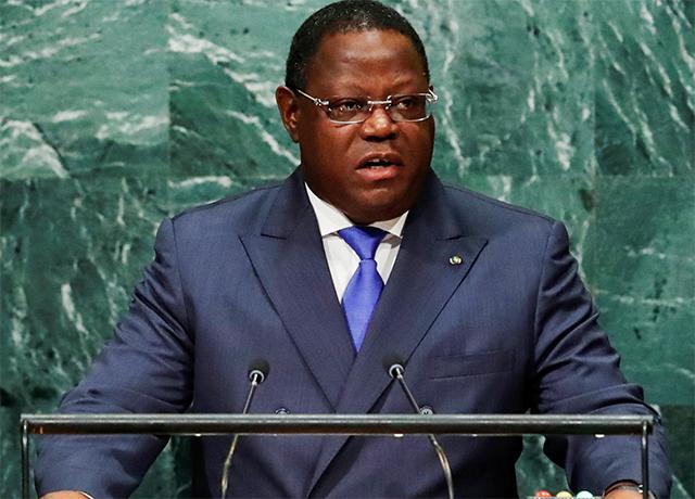 Plausible prochain président de l'Assemblée nationale, Emmanuel Issoze Ngondet (ici à la tribune des Nations Unies alors qu'il était ministre des Affaires étrangères). © Reuters