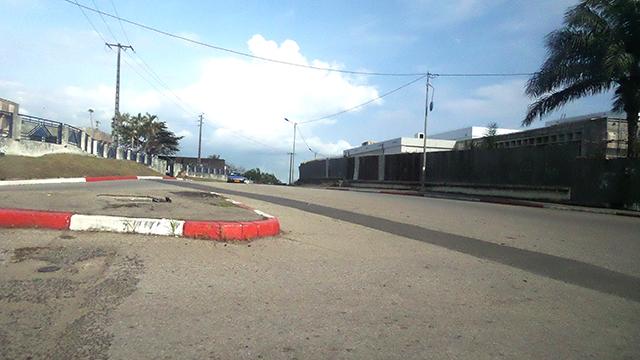 Le boulevard Léon Mba à Libreville, vide, le 23 septembre 2016. © Gabonreview