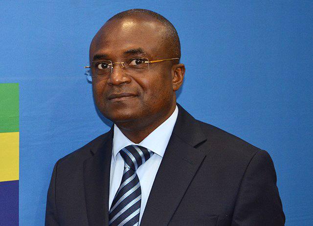 Le ministre de l'Education nationale Francis Nkea Nzingue. © Gabonreview