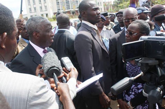 UOB étudiants rencontrent Ndong Sima Gabon
