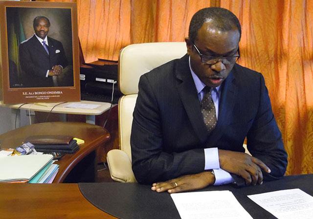 Basile Mboumba lors de son allocution, le 2 mars à Libreville. © Gabonreview